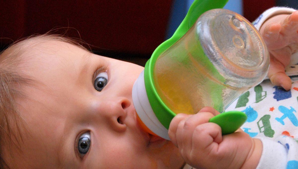 jus de fruit à donner au bébé