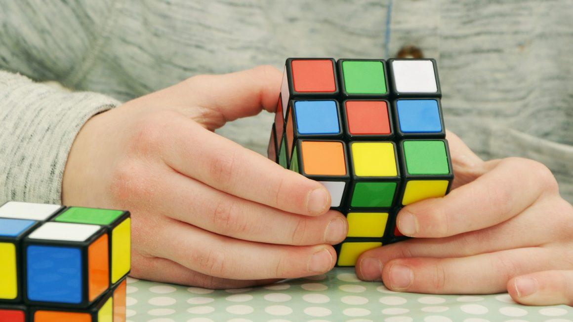Rubik's cube pour enfant : Comment stimuler la créativité de l'enfant avec un Rubik's Cube ?